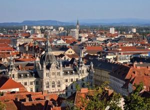 Rathaus vom Schlossberg aus